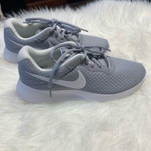 Nike Tanjun Shoes Gray and White
